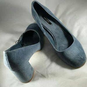 Ice Blue Velveteen Zara Basic Chunky Heel Pumps(8)